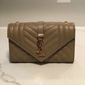 🤍just sharing🤍Saint laurent envelope bag 🤍